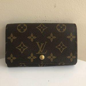 Authentic Louis Vuitton Porte compact wallet